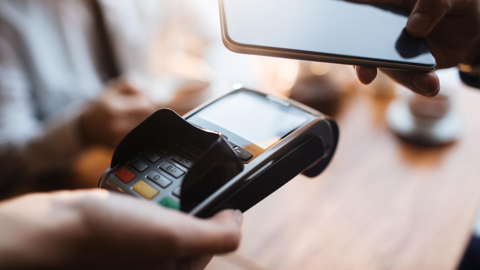 Можно ли установить NFC-модуль в телефон