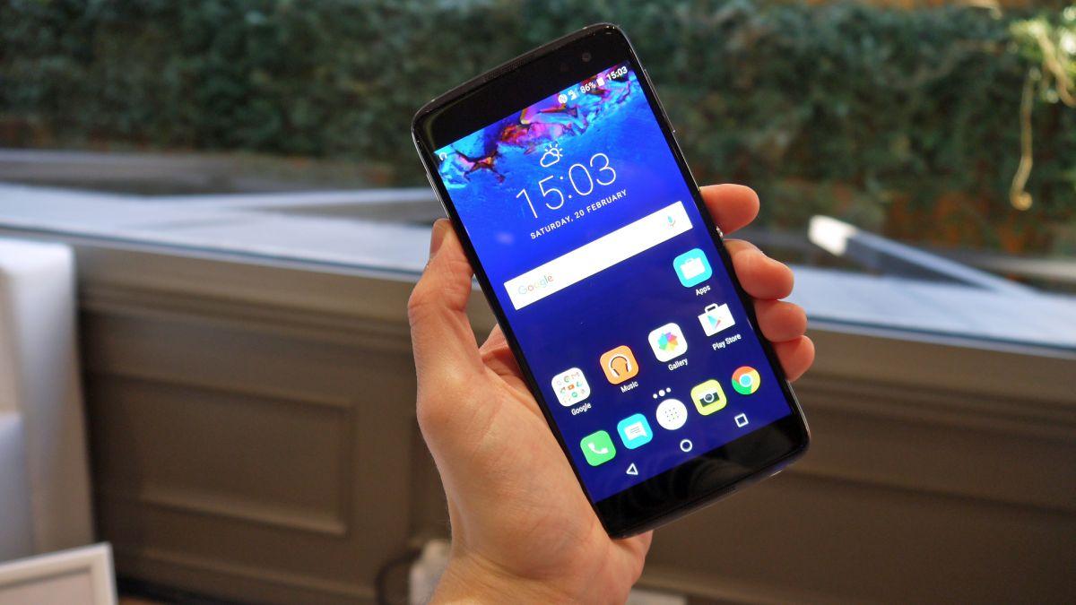 Телефон с nfc до 10000 рублей Alcatel IDOL 4 со стеклянным корпусом