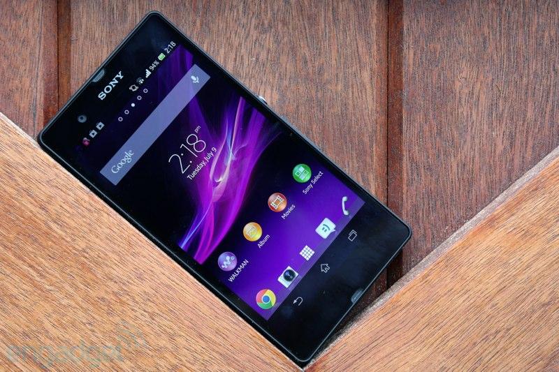 Sony Xperia E5 недорогой смартфон с nfc в пластиковом корпусе